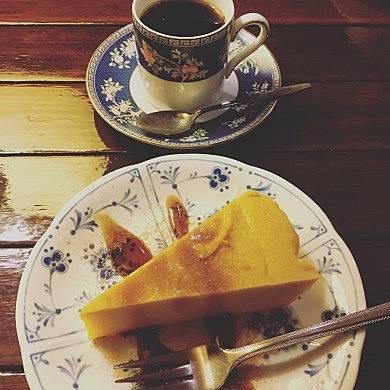 純喫茶、あの味 難波里奈 神保町 トロワバグ