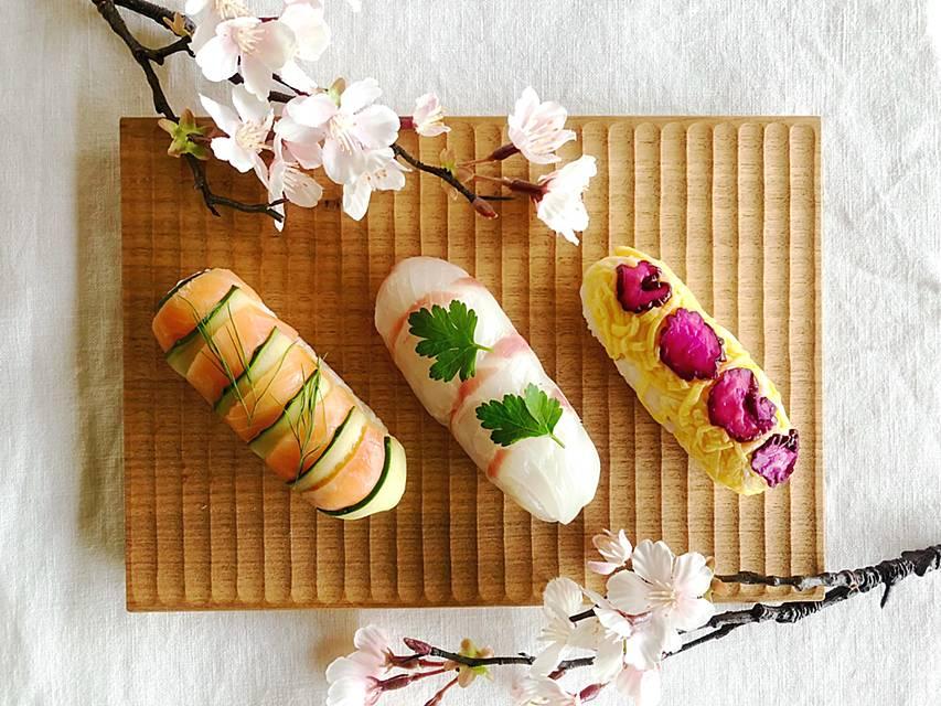 桃の節句の雛祭りはラップで巻くだけの簡単華やかなちらし寿司